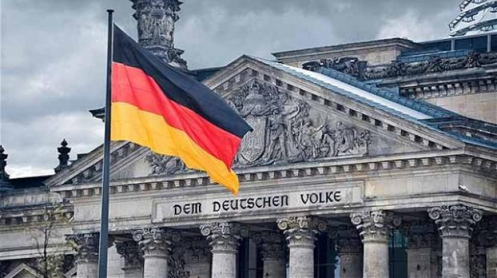 Γερμανία: Αναβολή απόφασης για την άρση των ταξιδιωτικών ...
